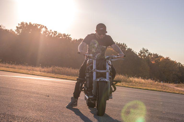 kurz motoskola po zadnom